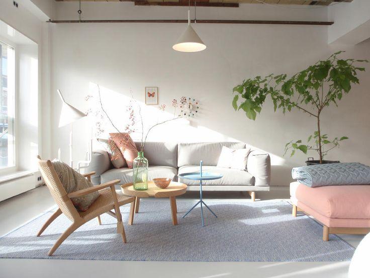 11 ideas para decorar con sillas y sillones retro de - Sillones con estilo ...