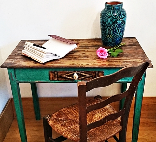 C mo transformar una antigua mesa tocinera tienda online - Como restaurar una mesa de madera ...
