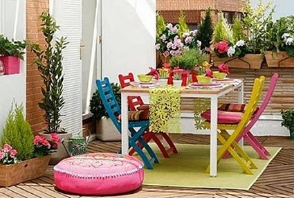16 ideas low cost para decorar balcones y terrazas for Idea jardineria terraza balcon