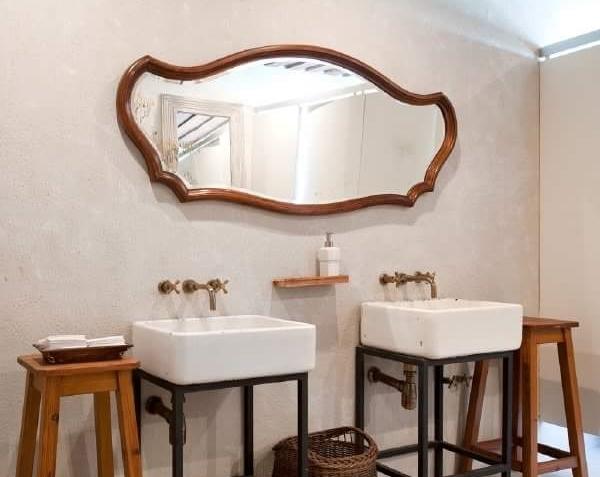 8 cuartos de ba o decorados con espejos de otras pocas for Espejos decorados para banos