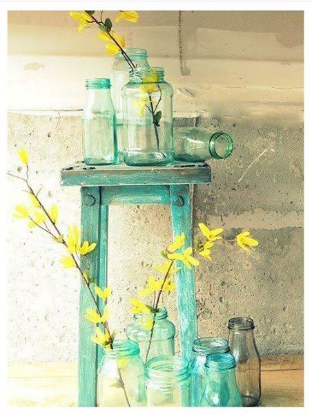 Tinas De Baño Viejas:Para relajarse en el baño una vieja ventana a modo de bandeja y unas