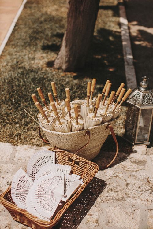 16 ideas para decorar con cestas una boda bohemian and chic - Cestas para bodas ...