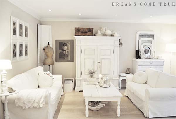 19 ideas para decorar con un armario el sal n tienda for Decoracion de salones vintage