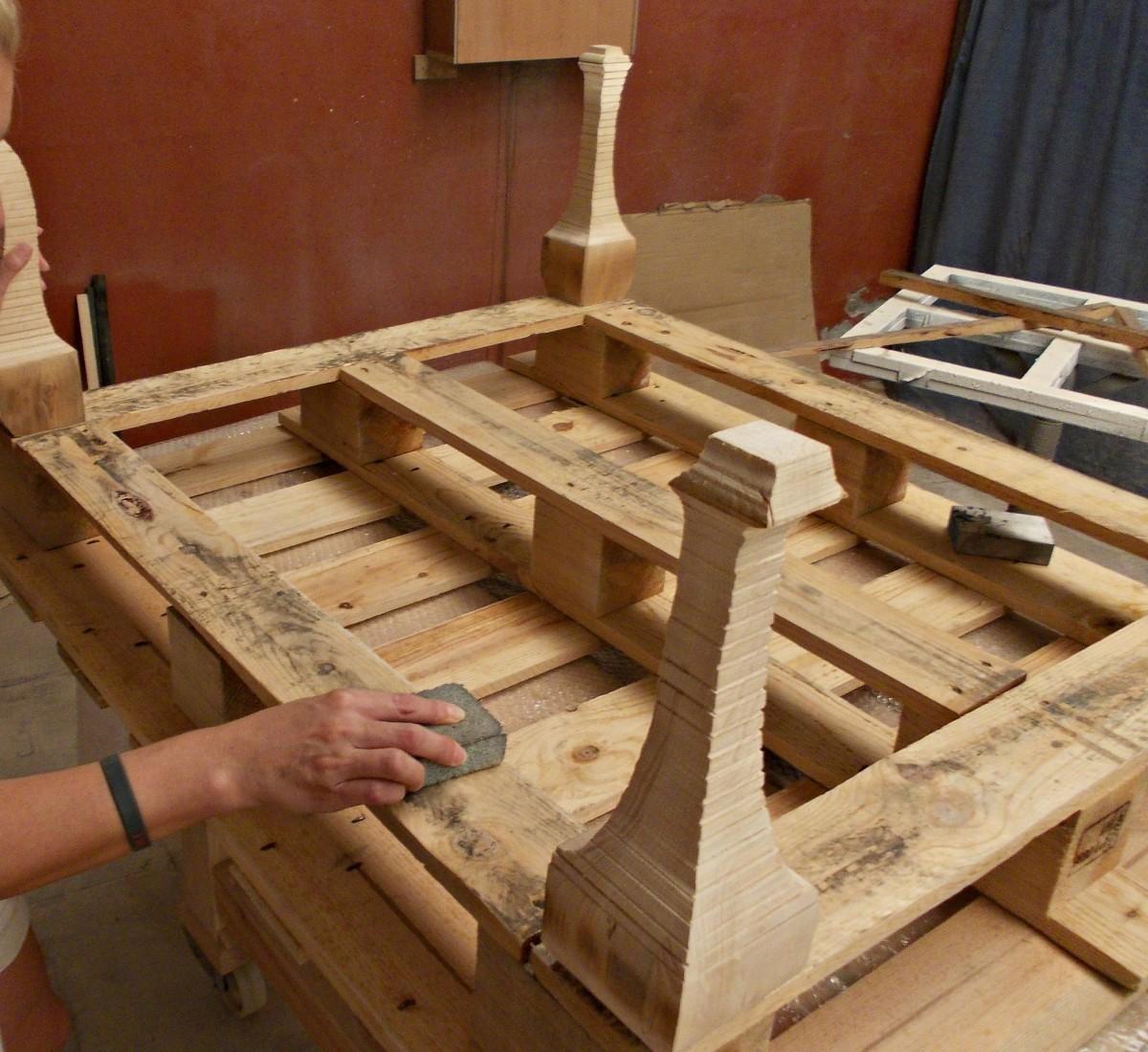Como hacer una mesa de centro con un palet tienda online - Mesa centro palet ...
