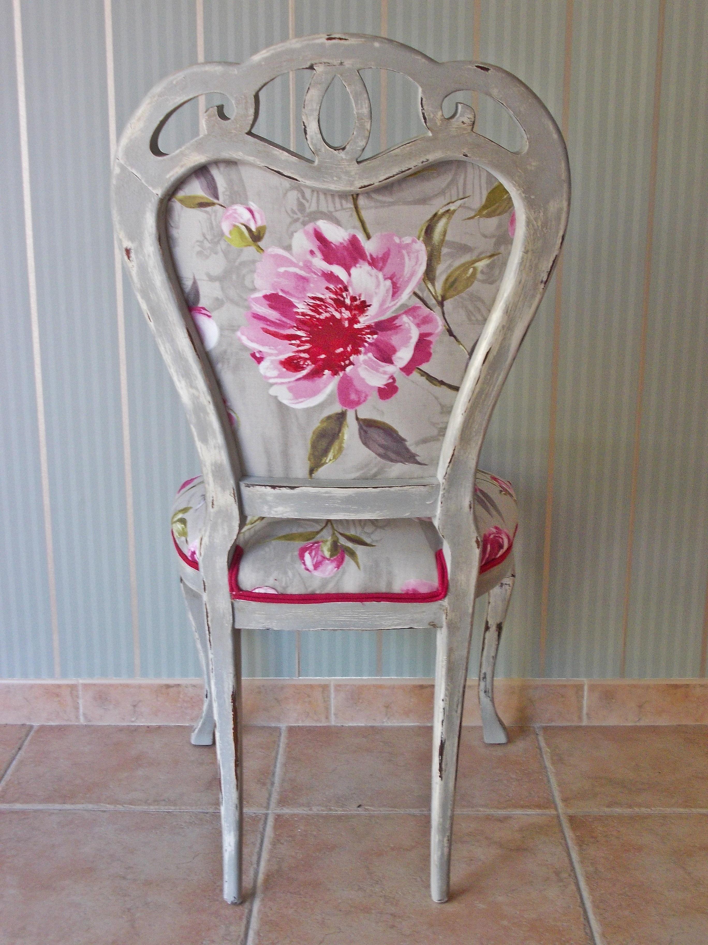 Silla vintage en gris pickling gray vintage chair - Sillas comedor vintage ...