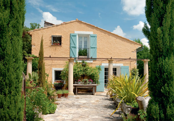 Una casa rehabilitada en la provenza tienda online de decoraci n y muebles personalizados - Casas en la provenza ...