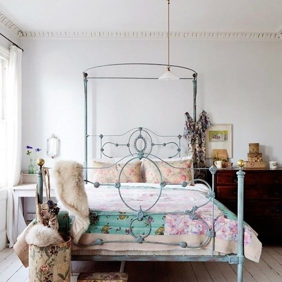 ideas de dormitorio verde chicos 25 Ideas Para Decorar El Dormitorio Con Camas De Forja