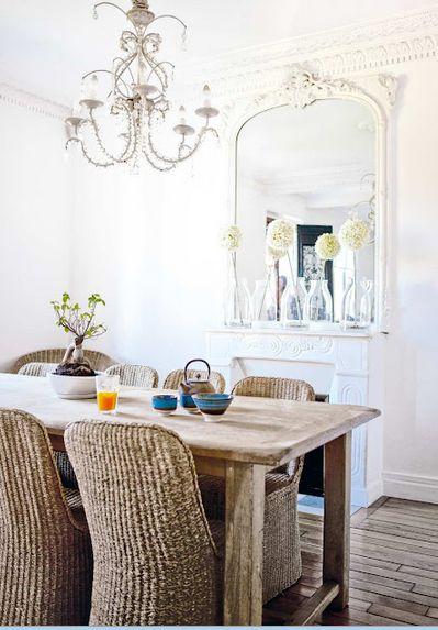 27 ideas para decorar con espejos grandes antiguos - Como colocar un espejo encima de un aparador ...