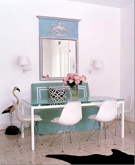 27 ideas para decorar con espejos grandes antiguos for Espejos para aparadores