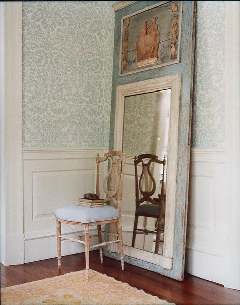 27 ideas para decorar con espejos grandes antiguos for Espejos grandes salon