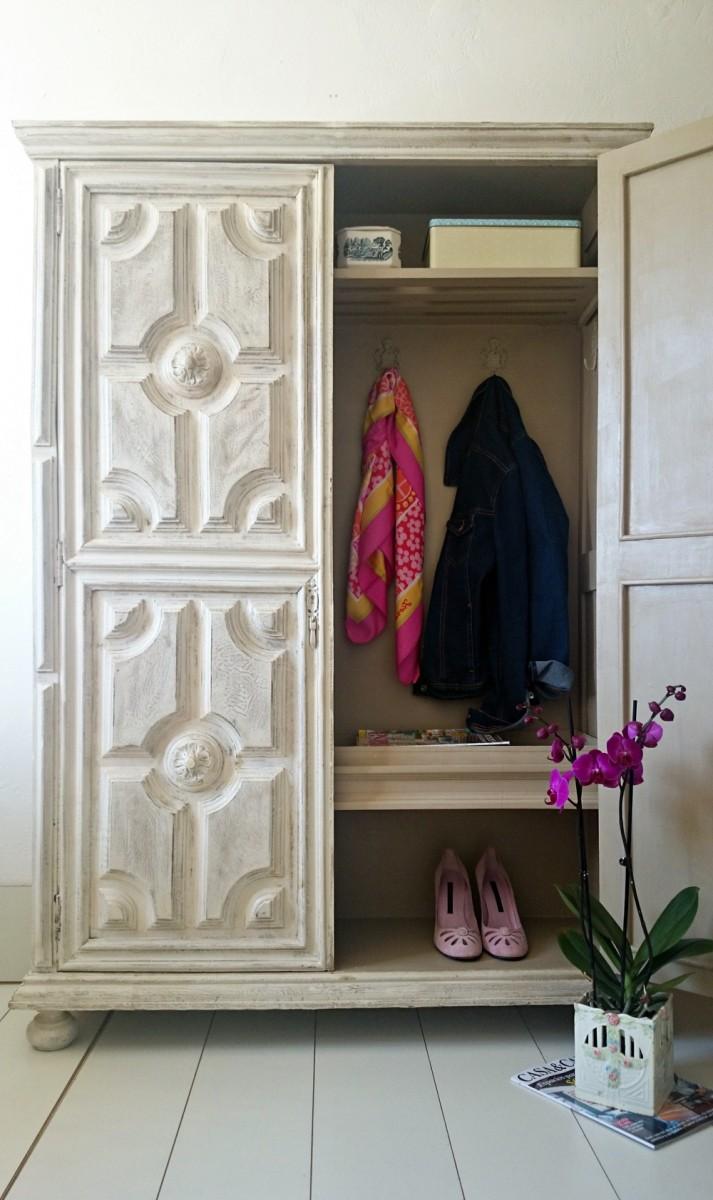 Antes y despu s de un armario antiguo para la entrada tienda online de decoraci n y muebles - Armarios empotrados para entradas ...