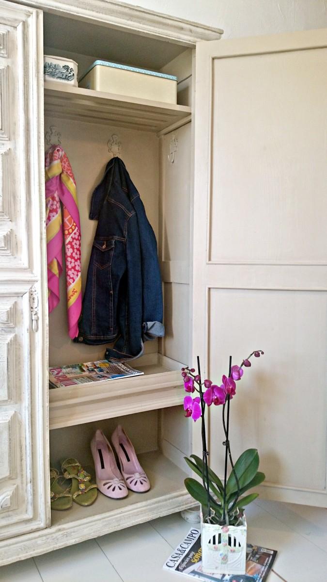 Antes y despu s de un armario antiguo para la entrada - Zapatero para entrada ...
