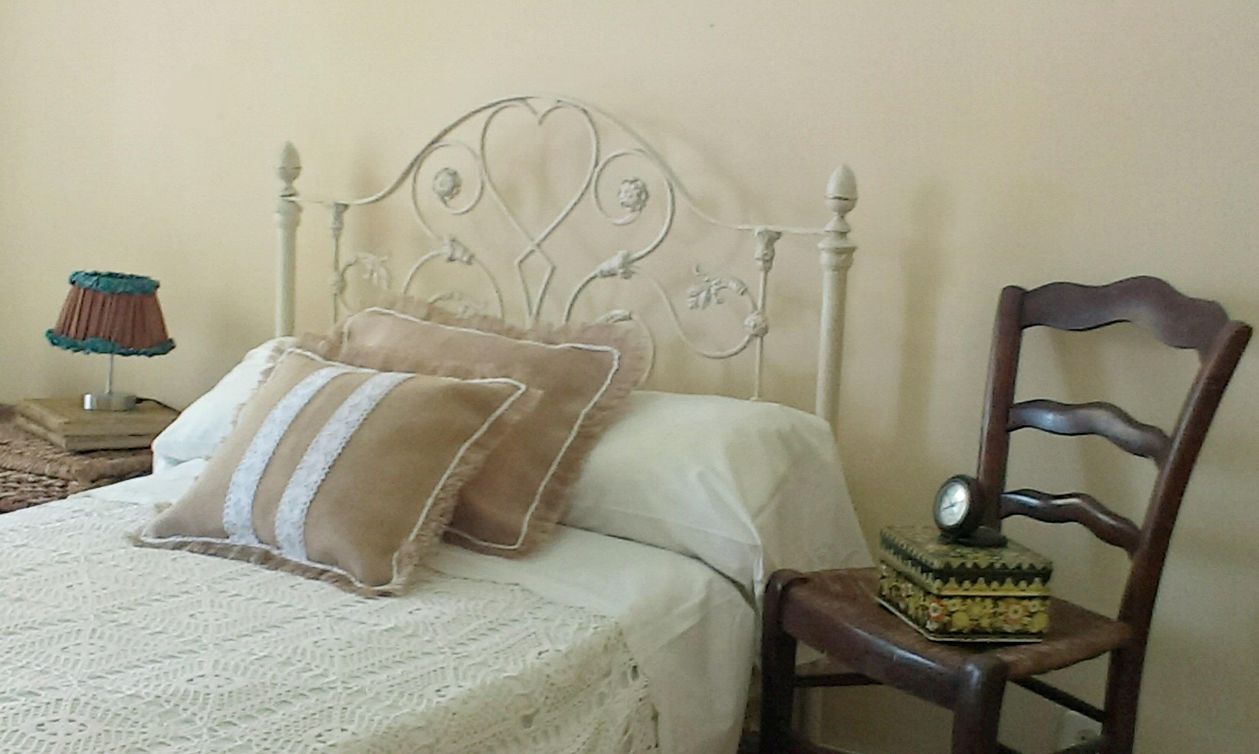 Antigua cama de forja estilo shabby shabby old iron bed - Camas estilo romantico ...