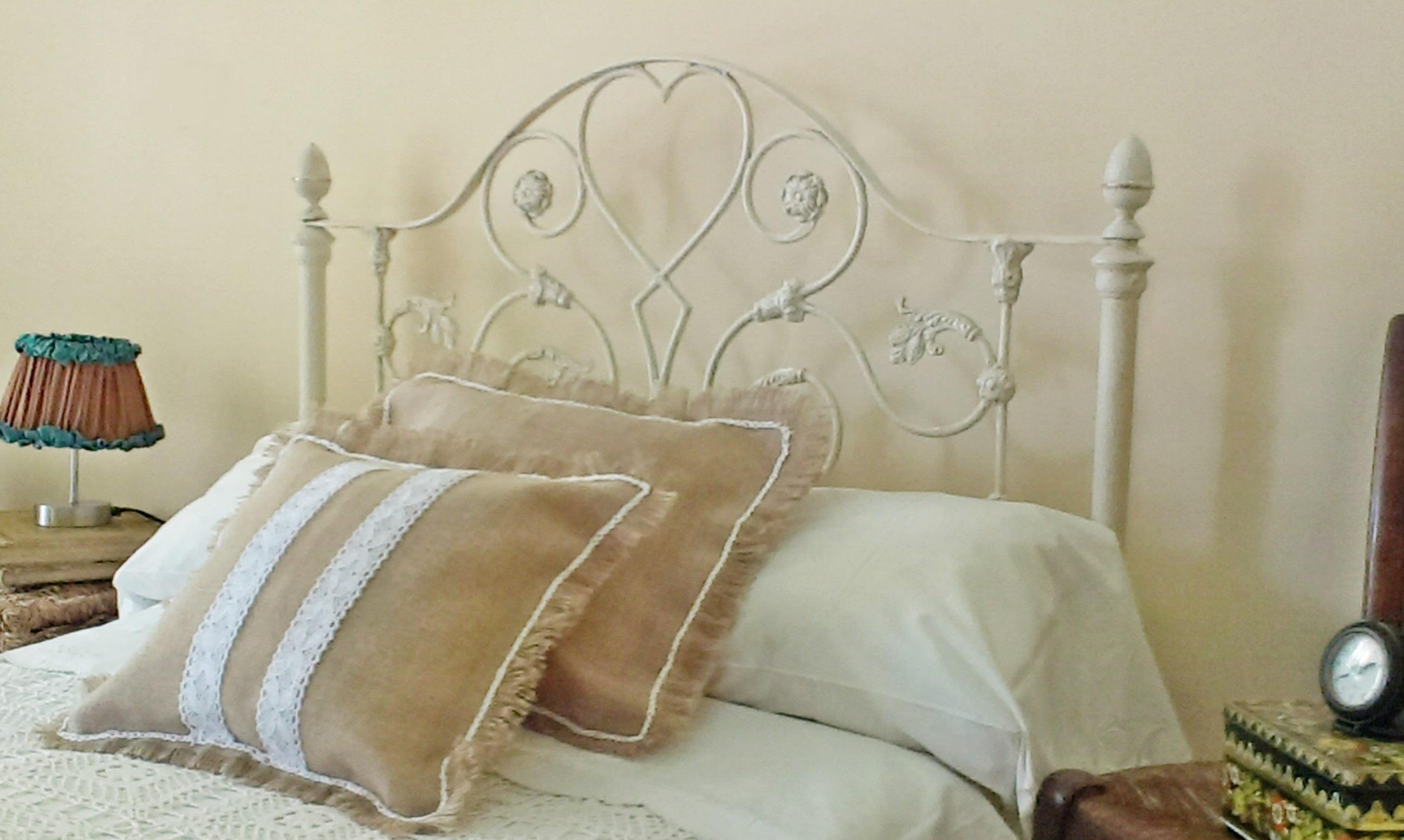 antigua cama de forja estilo shabby shabby old iron bed