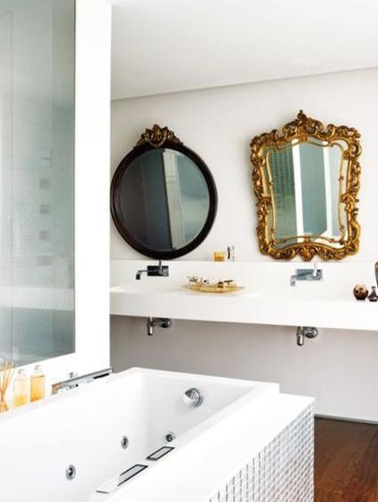 8 cuartos de ba o decorados con espejos de otras pocas for Banos ultramodernos
