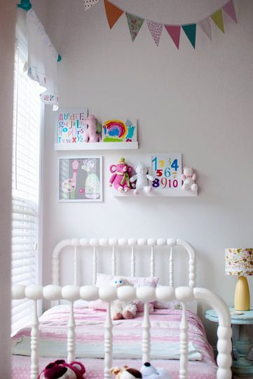 16 ideas para decorar una habitaci n de ni os con muebles vintage 1 parte tienda online de - Meisjes kamer jaar ...