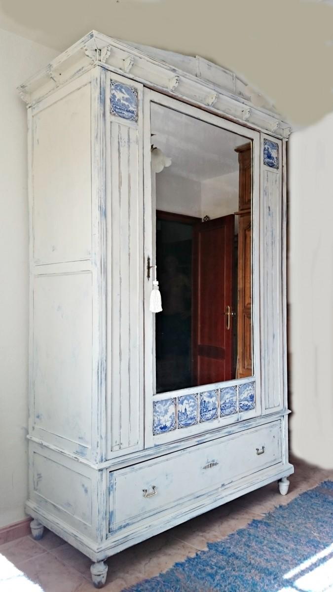Renovar muebles antiguos idea creativa della casa e dell - Restaurar armarios antiguos ...