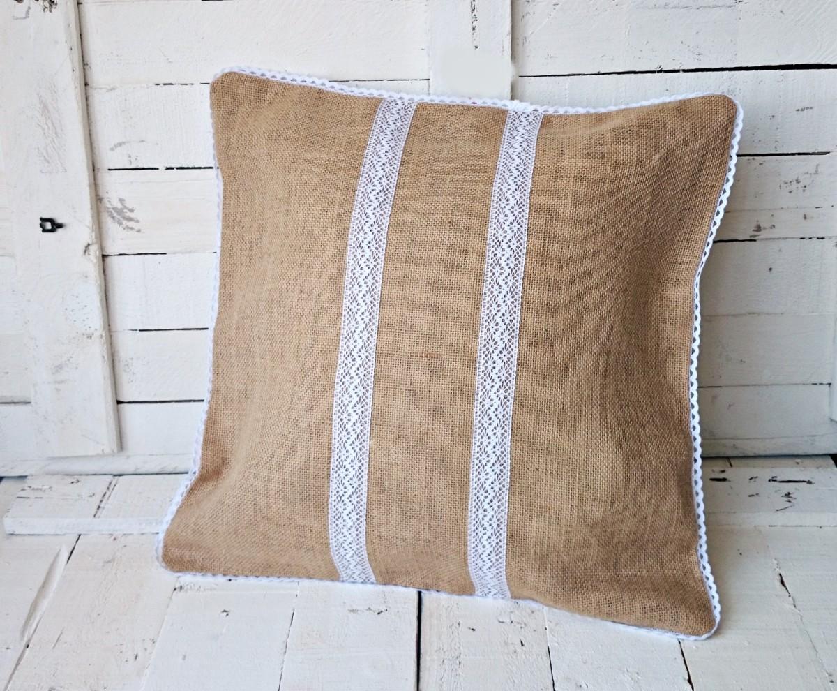 25 ideas originales de cabeceros tapizados con arpillera - Decorar macetas con arpillera ...