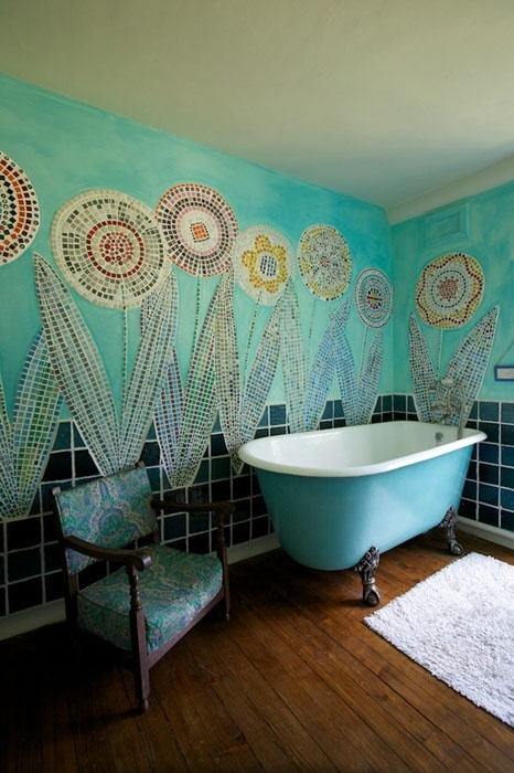 Baños Estilo Bohemio:Flower Mosaic Tiles Bathroom