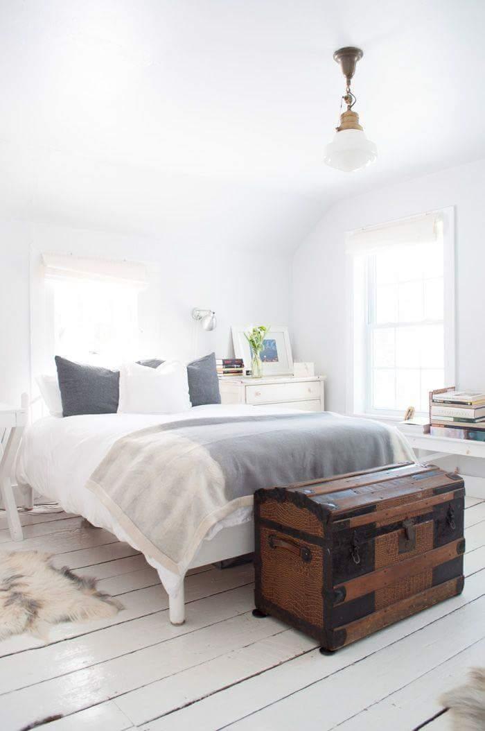15 ideas para decorar con ba les antiguos tienda online de decoraci n y muebles personalizados - Baules para dormitorios ...