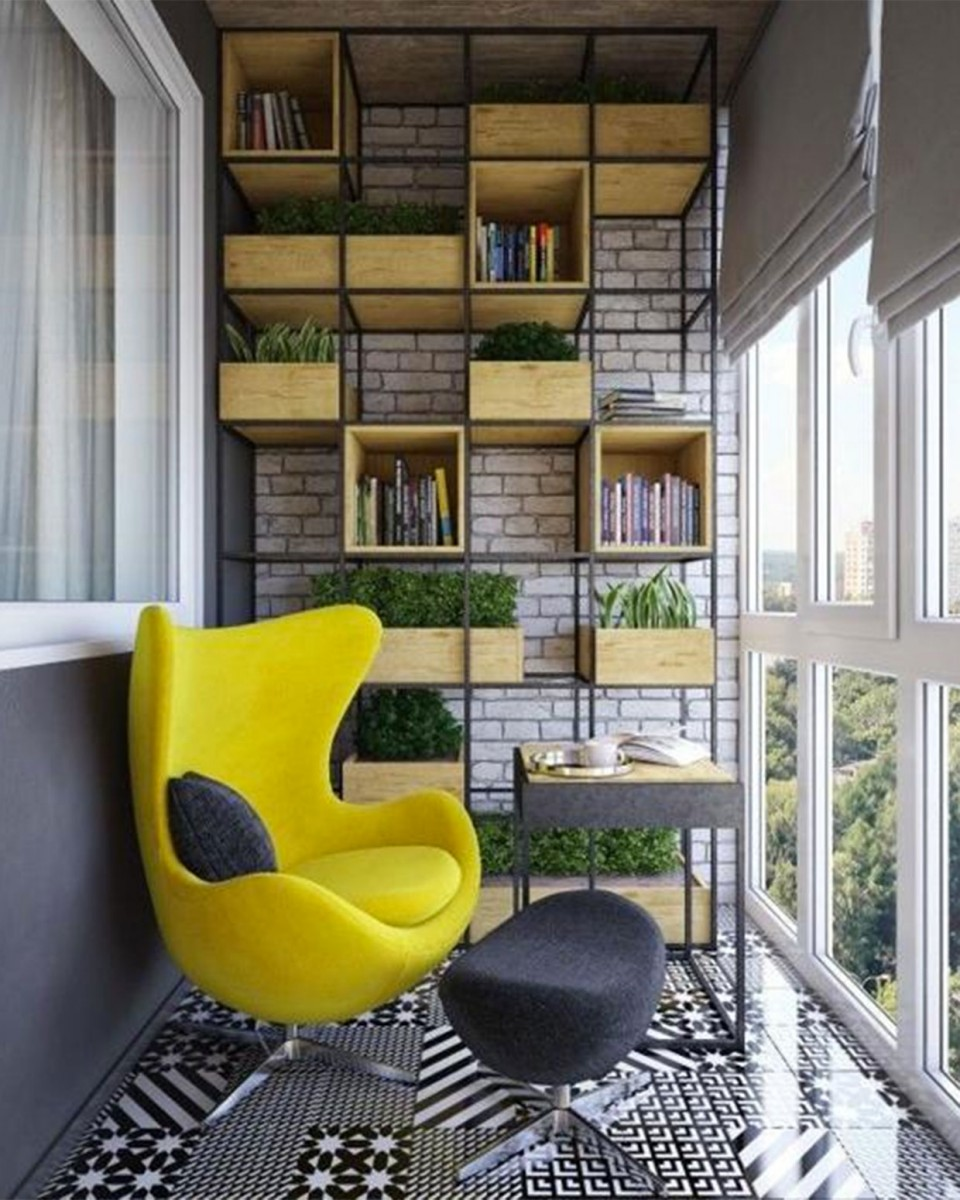 puedes reutilizar muebles que no uses en casa para crear tu balcn idea dndoles un nuevo aireno olvides pintarlos con pintura que aguante el estar en el