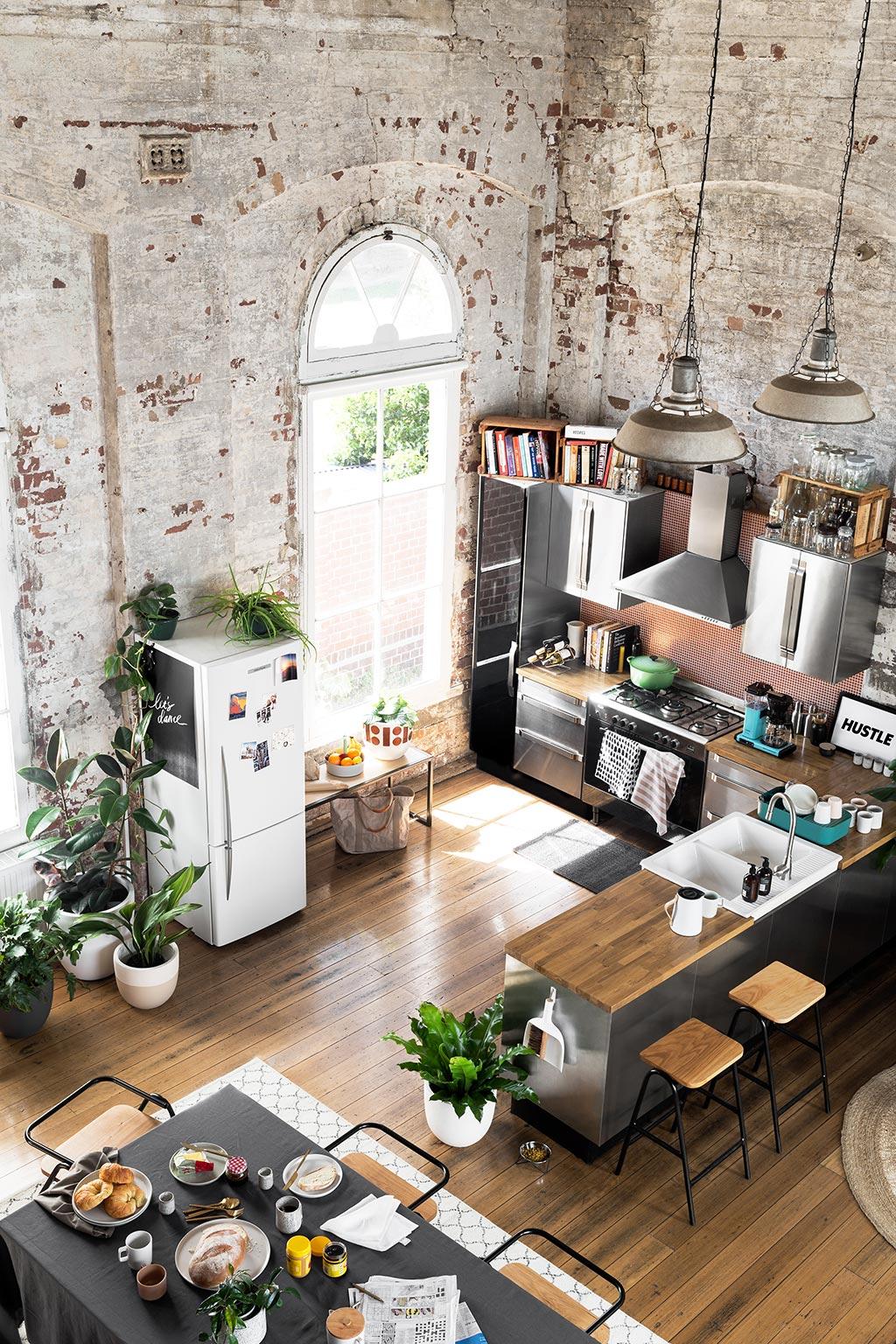 Un loft que conserva su esencia industrial tienda online - Decoracion industrial online ...
