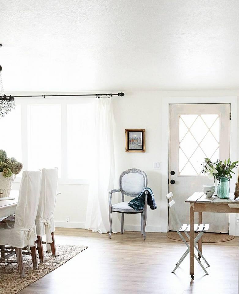 Una casa de campo con piezas antiguas y vintage tienda for Casa y campo muebles