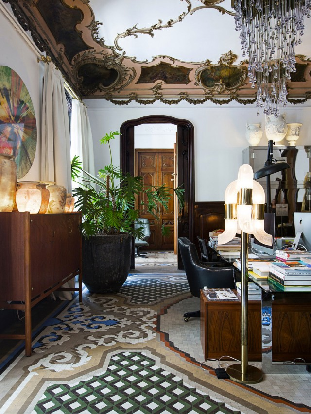 La impresionante casa modernista de un dise ador de interiores tienda online de decoraci n y - Disenador de interiores barcelona ...