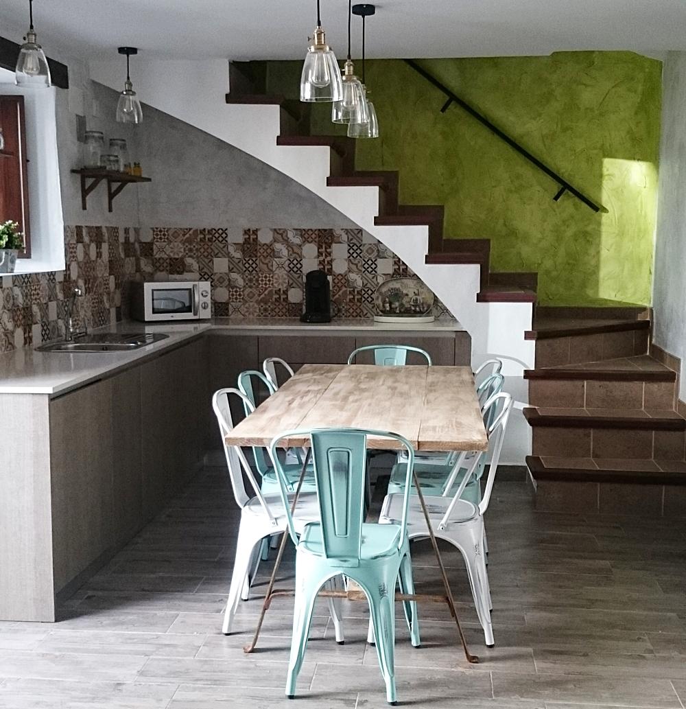 Mesa de comedor en madera y forja bohemian and chic - Mesas de comedor de forja ...