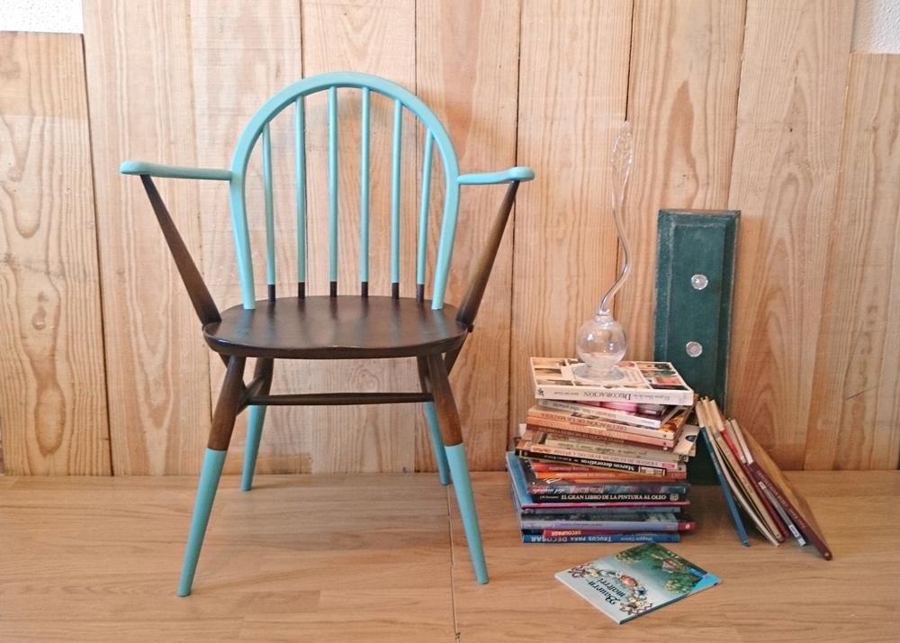 Silla vintage ercol en turquqesa y madera tienda online for Silla vintage reposabrazos