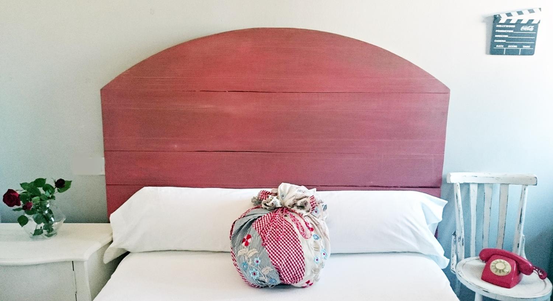 Cabecero decapado en rosa escandinavo y gris tienda online de decoraci n y muebles personalizados - Cabecero estilo escandinavo ...