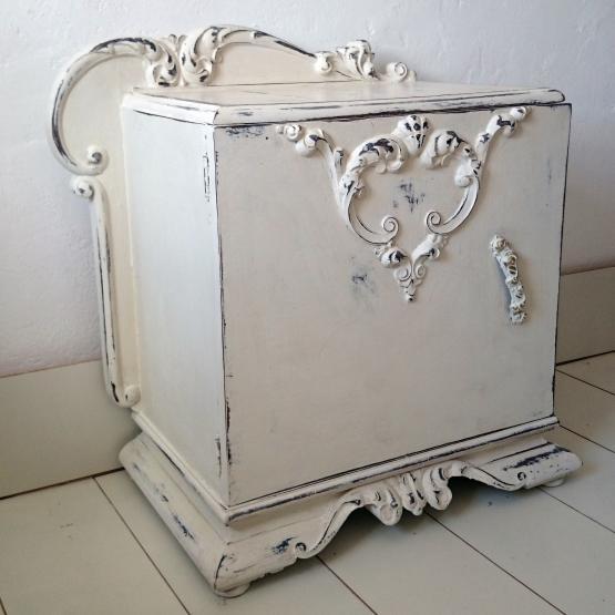 Mesita de noche Art Decó en blanco roto decapado | Tienda online de ...
