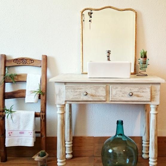 Mueble de ba o decapado en blanco antiguo tienda online - Muebles antiguos para banos ...