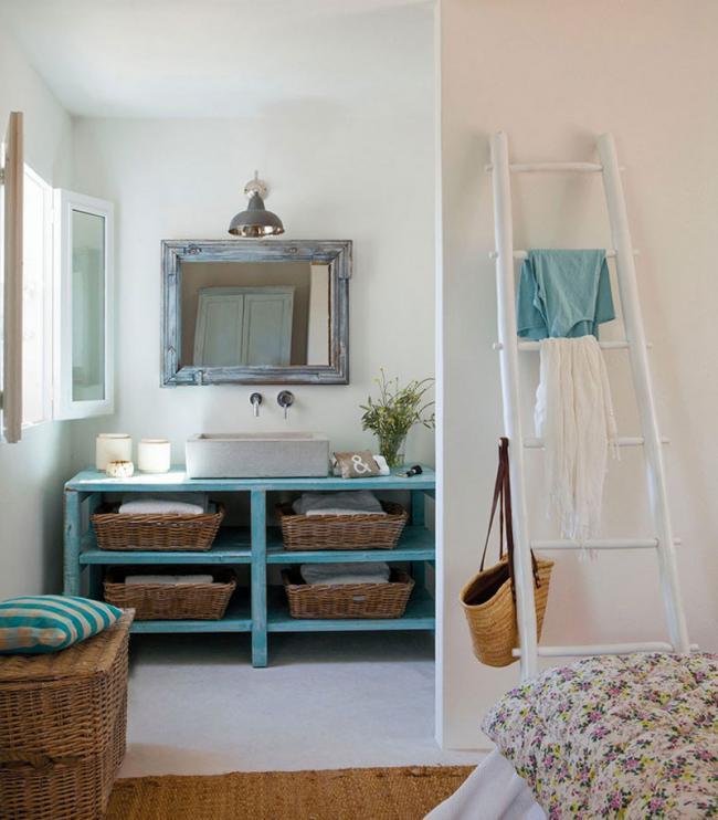 Un peque a casa decorada con mucho encanto tienda online for Decoracion de apartamentos de 50 metros
