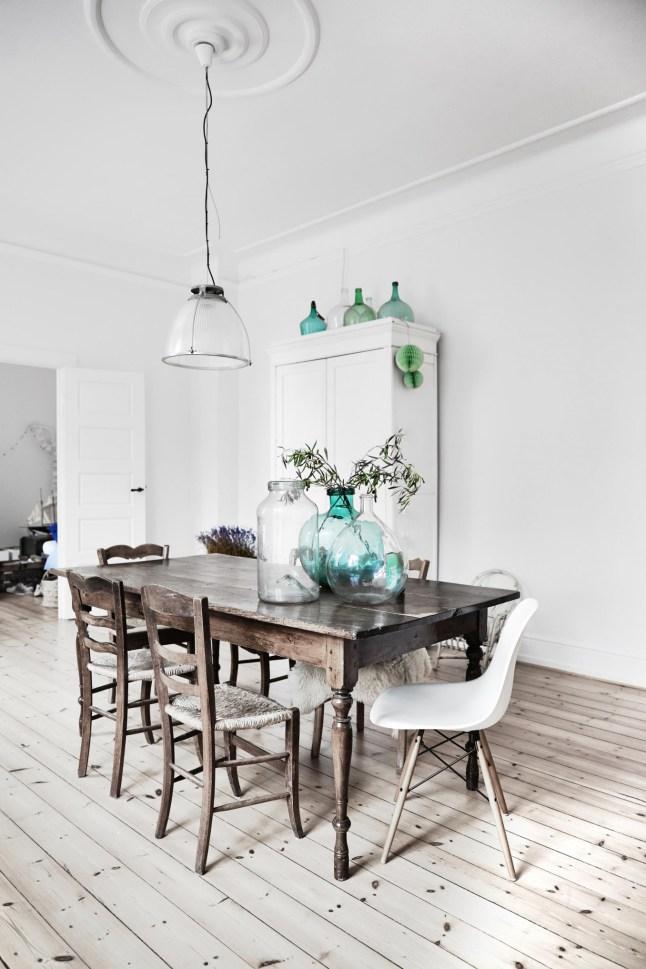 Una casa de estilo n rdico con toques r sticos y chic for Casas estilo nordico
