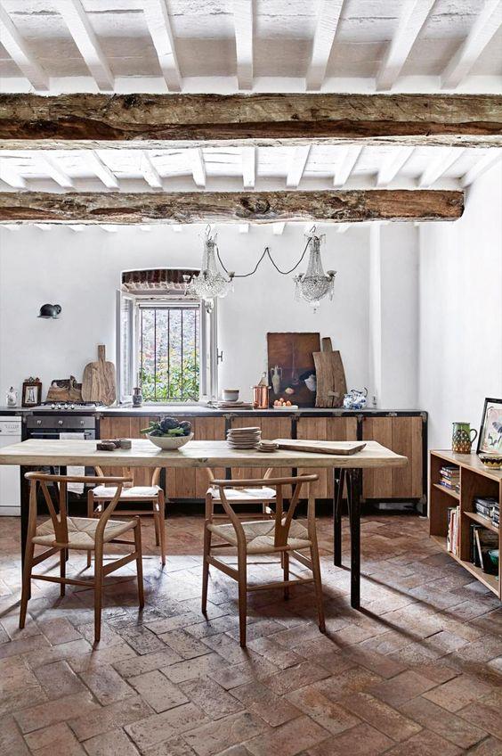 Una hermosa casa transformada del siglo xvii tienda for Muebles la toskana chiclana